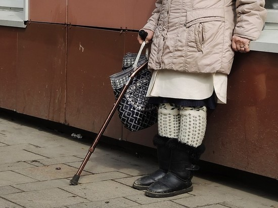 На Урале проверяют выписку 90-летней пенсионерки с коронавирусом