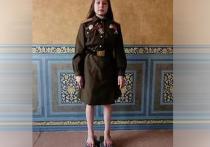 11-летняя школьница из многодетной семьи Екатеринбурга Каролина Черных, имеющая несколько зарегистрированных спортивных рекордов, одно из свежих достижений посвятила ветеранам ВОВ
