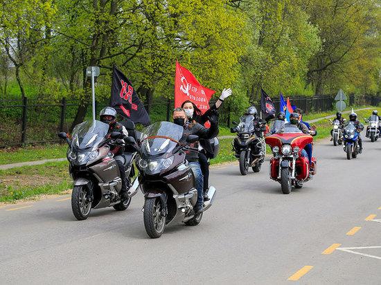 «Ночные волки» почтили память героев в Ясной Поляне