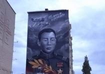 В калмыцкой столице появился рукотворный памятник герою Эрдни Деликову