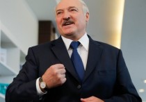 Президент Белоруссии Александр Лукашенко заявил, что военный парад 9 мая в Минске, приуроченный к 75-летию Победы в Великой Отечественной войне, стал единственным на постсоветском пространстве