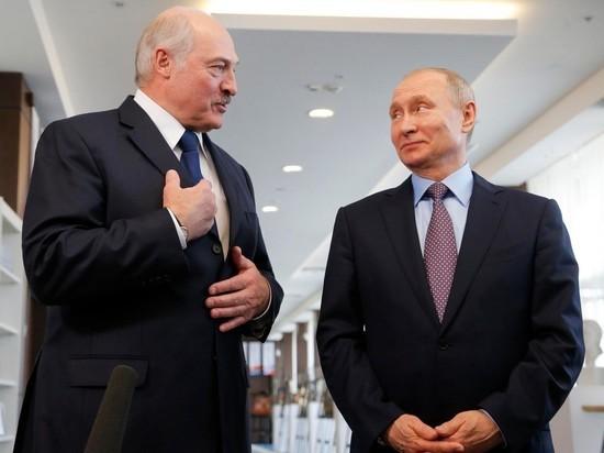 Лукашенко поздравил Путина с 75-летием Победы