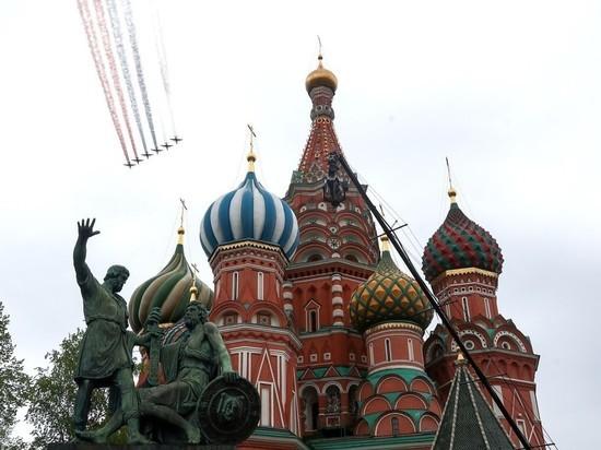 Путин поблагодарил участников авиапарада в городах России
