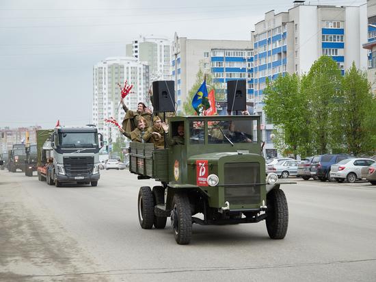 Колонны военной техники прошли по Рязани в честь Дня Победы