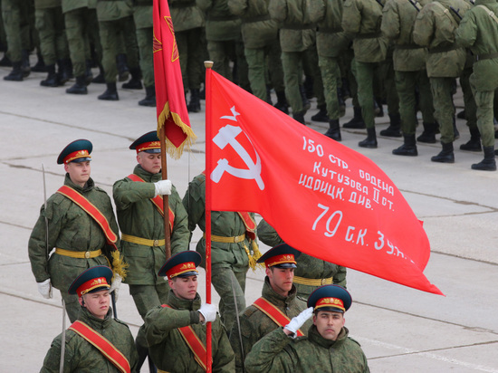 В Facebook оправдались за блокировки фото со Знаменем Победы