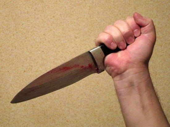 Москвич инсценировал убийство, облившись кетчупом, чтобы напугать жену