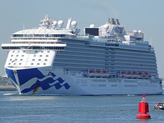 Украинка выпрыгнула с круизного лайнера у берегов Роттердама