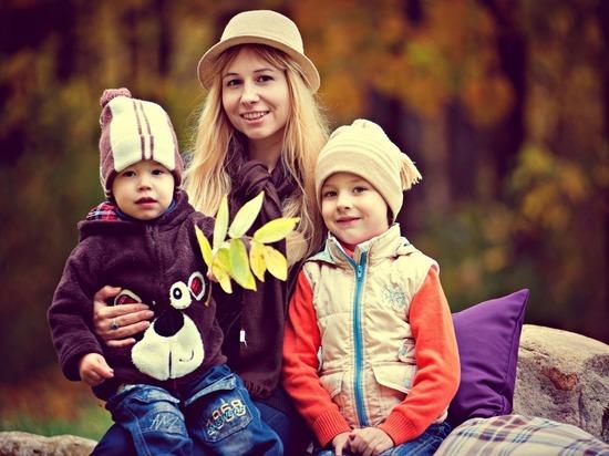 Все рязанские семьи с детьми от 3 до 15 лет получат 10 тысяч рублей
