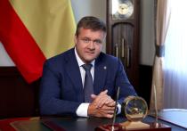 Любимов поздравил рязанских медсестер с профессиональным праздником