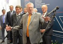 Жириновский предложил вдвое сократить количество депутатов