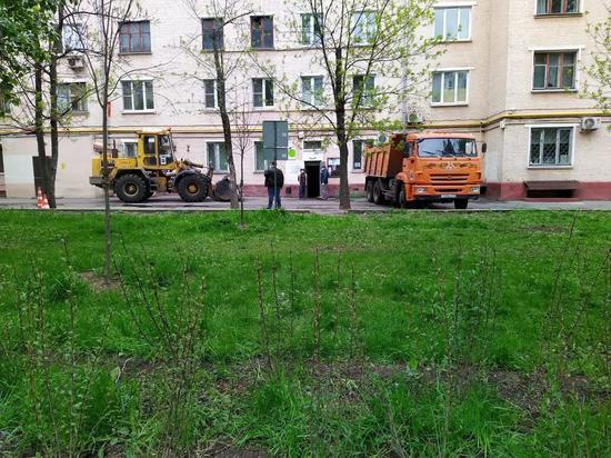 Жильцы московского дома, где обрушились перекрытия: «Здание рассыпается много лет»