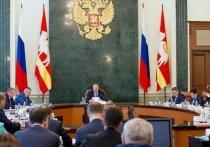 20 лет институту полпредств: на Ямале дали оценку взаимодействию двух уровней власти