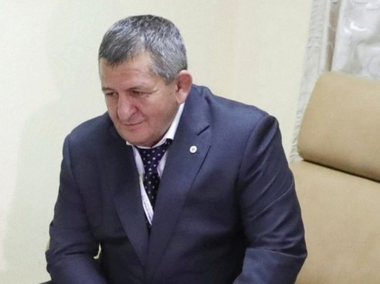 СМИ: отец Нурмагомедова впал в кому из-за ошибки врачей