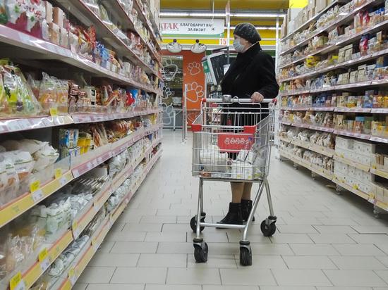 Почти втрое уменьшилось число россиян, посещающих магазины ежедневно