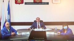 Глава Кубани поручил организовать свадьбу для волонтеров из Геленджика