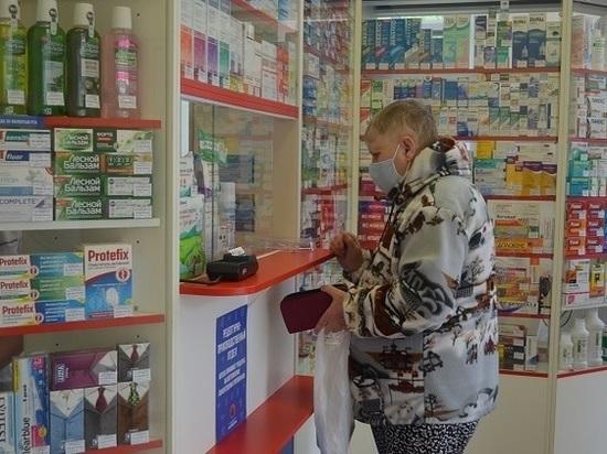 Серпуховские пенсионеры могут купить медицинские маски по льготной цене