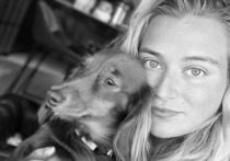 Дочь Абрамовича показала своих улыбающихся от «счастья» собак