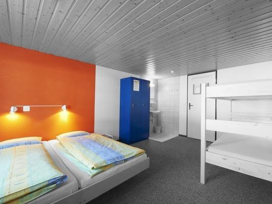 Германия: Первые молодежные хостелы открываются