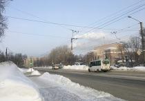 В Заполярье несколько дорог остаются закрытыми после снегопада