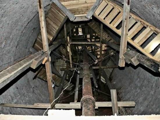 В Архангельске начали сносить водонапорную башню