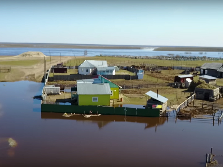 Якутск забыл о коронавирусе из-за разрушительного наводнения: такого давно не было