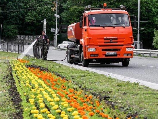 В Железноводске въезжающих в город встретят цветочные «улитки»