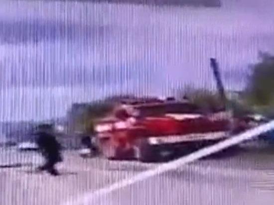 В Бурятии инспекторы ДПС помогли пожарным