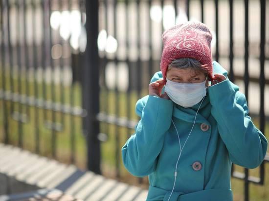 Волгоградцы оценили качество бесплатных масок и перчаток