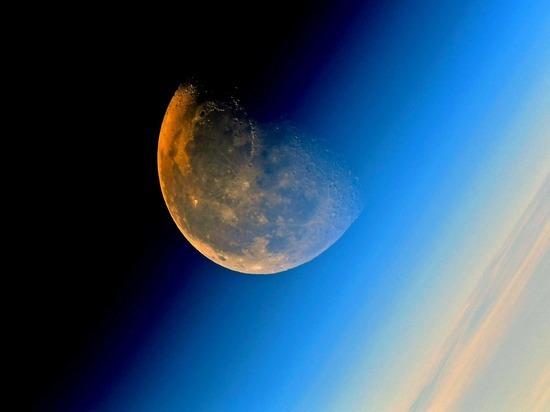 Стали известны подробности секретного совещания у Рогозина об освоении Луны