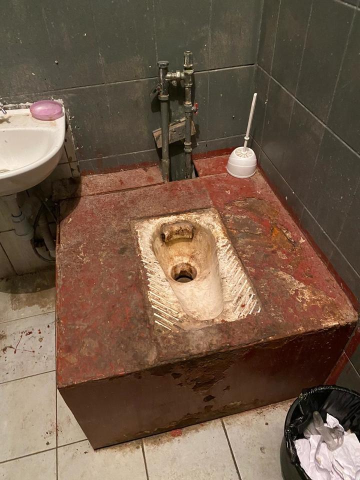 Правозащитники шокированы состоянием туалетов в отделах полиции: «Зашли и ужаснулись»
