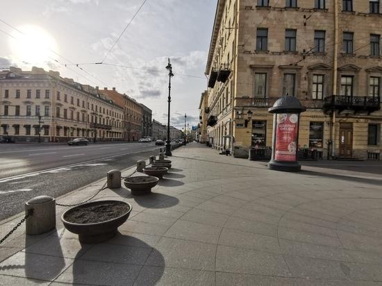 Невский проспект потерял десятую часть кафе и магазинов