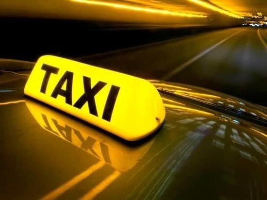 Житель Москвы избил таксиста и угнал его машину