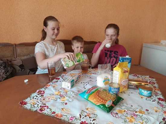 Ставропольским школьникам в мае раздали уже 47 тысяч проднаборов