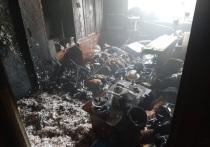 В Оренбурге из горящей квартиры пожарные спасли человека