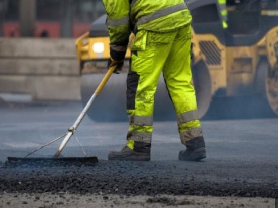 Более 1 млрд рублей выделили на ремонт дорог в Пскове