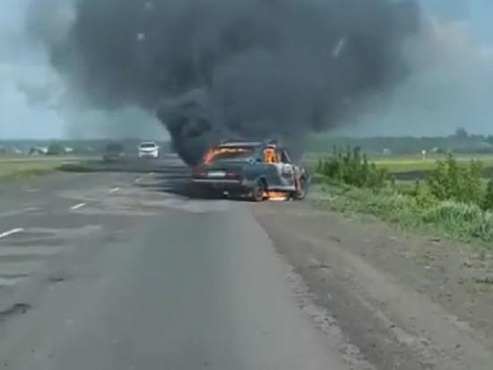 """В Тамбовской области сгорели """"Жигули"""""""