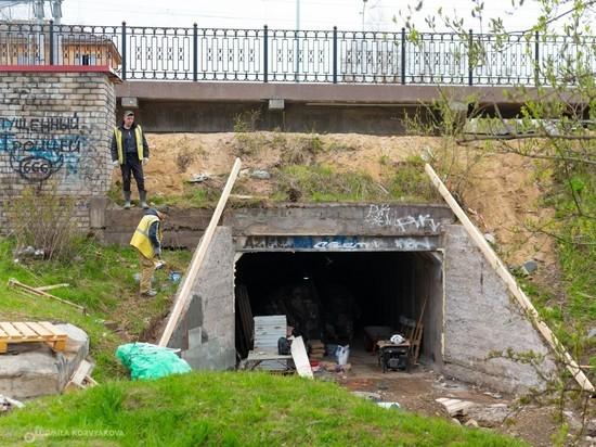 В Петрозаводске полным ходом идет ремонт железнодорожного тоннеля