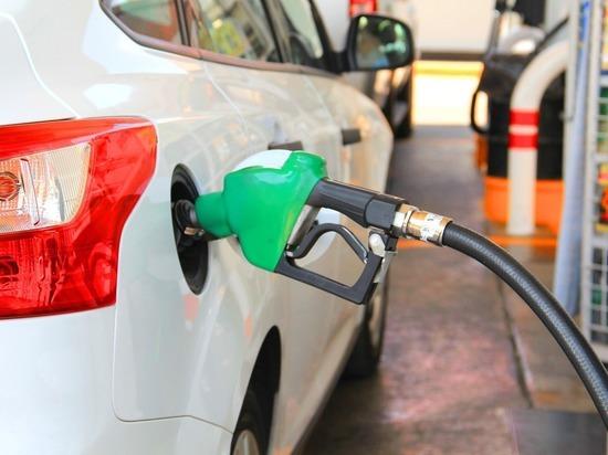 c8f412b519a40adbbf2a5d56874d4c57 - Коронавирус ударил по ценам на бензин на Западе: реакция разная