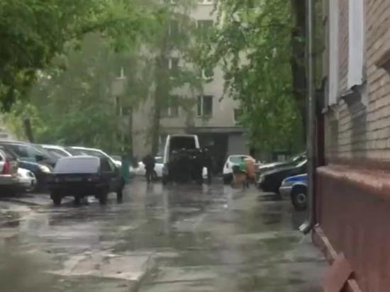 Палил из автомата: в Москве полиция задержала пьяного стрелка