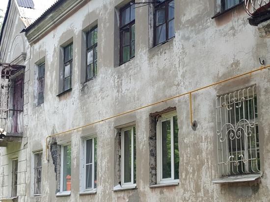 Краевая прокуратура проведет проверку по факту расселения аварийных домов в Барнауле