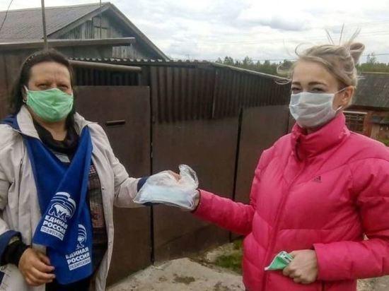 В Серпухове бесплатно раздали жителям медицинские маски