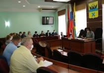 Депутаты провели пленарное заседание Совета
