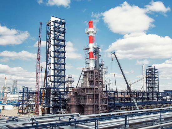 Омский НПЗ «Газпром нефти» выполнил монтаж компрессорного оборудования на установке каталитического риформинга