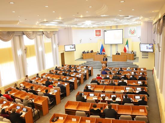 В Верховном Совете Хакасии заболела коронавирусом сотрудница правового отдела