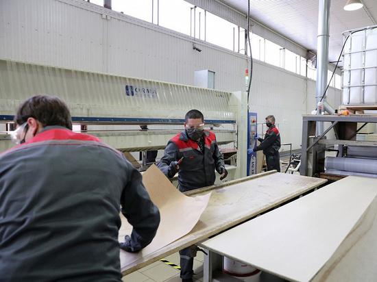 Деревообрабатывающие и мебельные предприятия Кубани смогут получить финансовую поддержку от властей