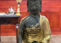 Житель Бурятии нашел в скалах три дореволюционные статуэтки Будд