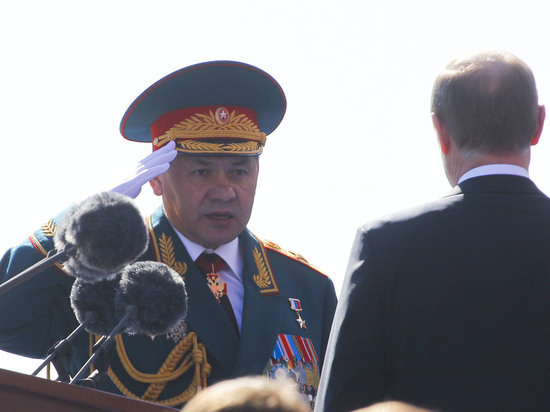 "Путин наградил Шойгу орденом ""За заслуги перед Отечеством"" I степени с мечами"