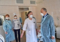 Саратовская горбольница с коронавирусниками две недели отрезана от горячей воды