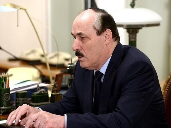 Мэр Дербента пригласил экс-главу Дагестана Абдулатипова работать фельдшером