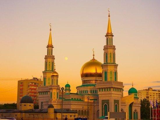 «Категорически прошу»: Радий Хабиров поручил пресекать собрания людей в праздник Ураза-Байрам
